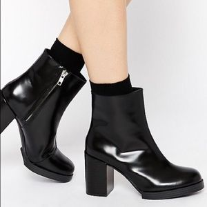 LIKE NEW Cheap Monday Black Leather Ankle Boots